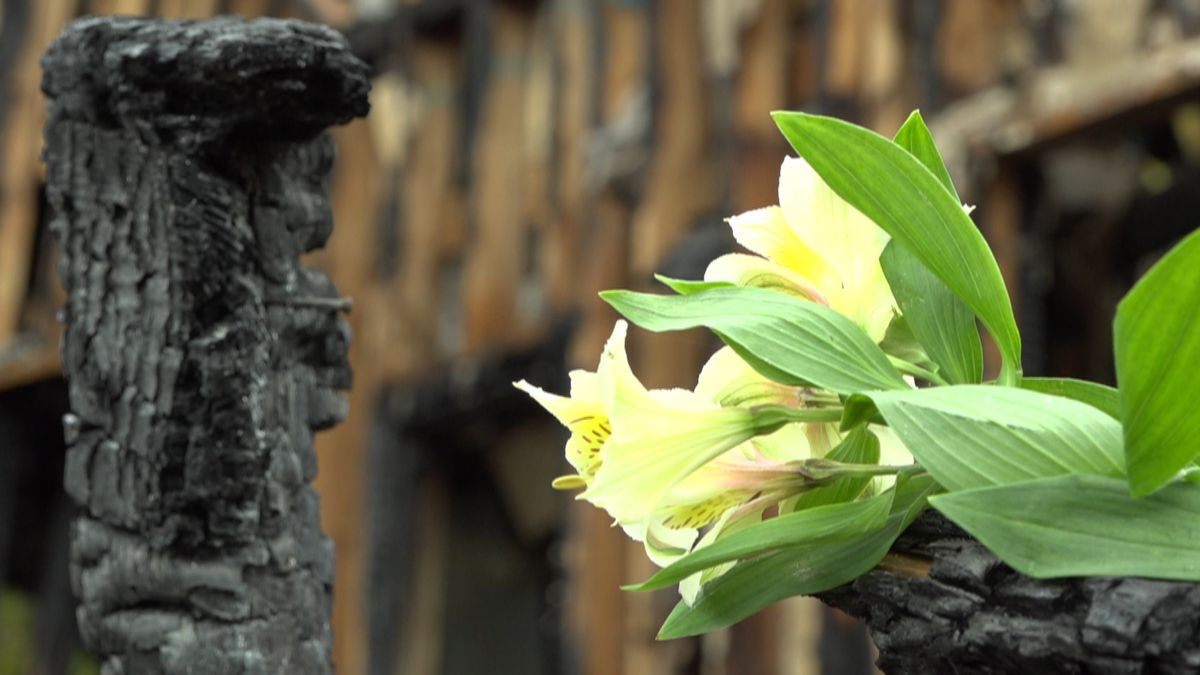 A flower left by members of the congregation of the River of Life Lutheran Church that burned down Sept. 15.