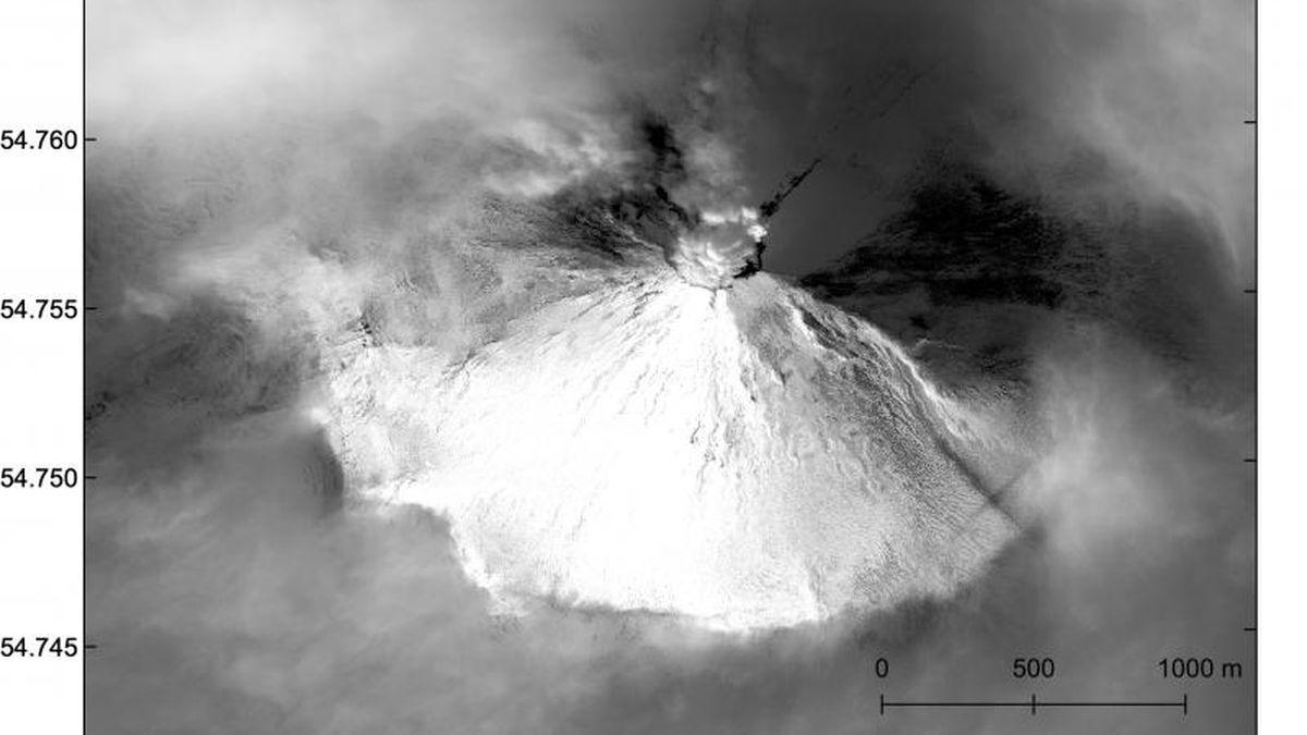 Shishaldin Volcano on Dec. 26, 2019. Image from Matt Loewen/Alaska Volcano Observatory