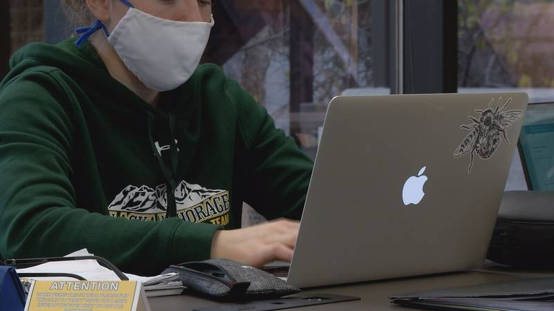 UAA students return to class for the first time in 2021
