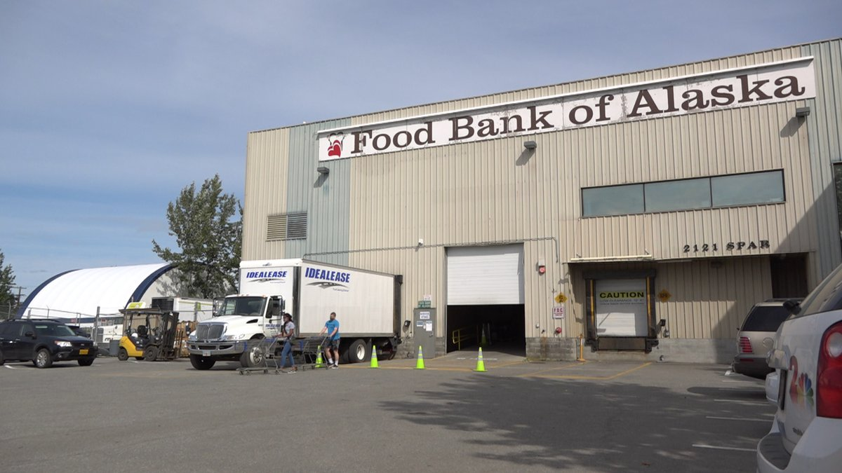 More Alaskans need food assistance since the start of the pandemic.