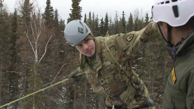 Army Alaska soldier receives advice for Indian soldiers during training at JBER