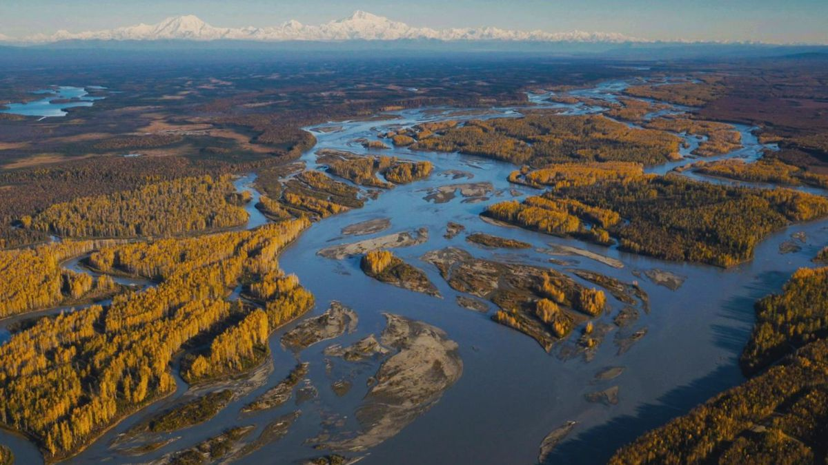 Aerial view of the Matanuska-Susitna Basin from MSB Public Affairs.