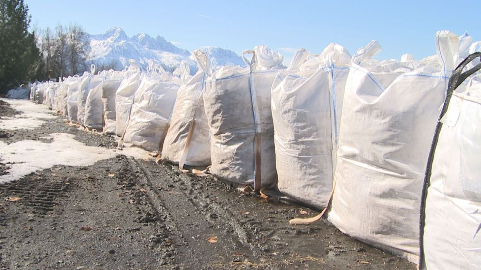 Country Garden Farms uses horse manure to create a compost for their farm and for customers.