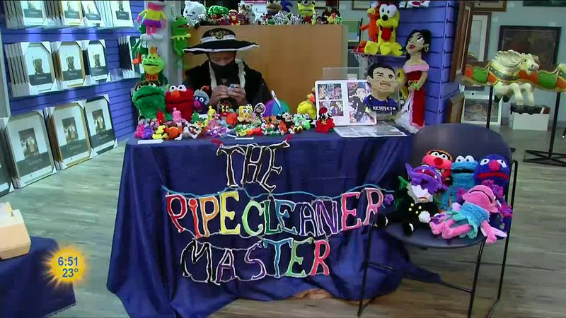 With nothing more than ingenuity and a bag full of brightly colored pipe cleaners, Kenneth...