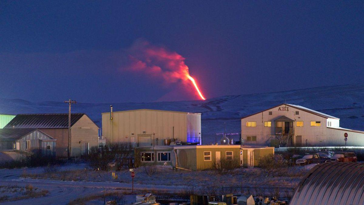 Shishaldin Volcano eruption from Cold Bay, Jan. 18, 2020 (Courtesy Aaron Merculieff)