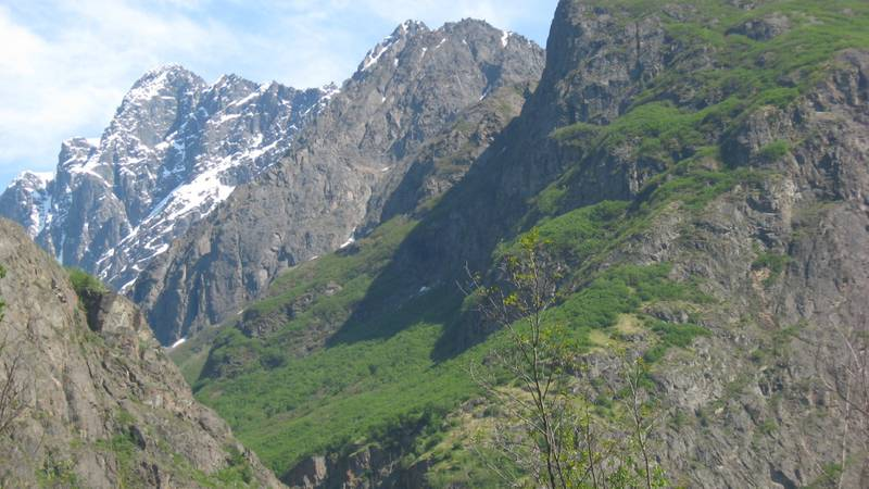 A shot of Crow Pass in Chugach State Park. (File photo)
