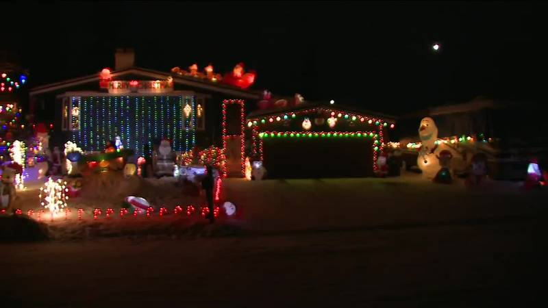 Take a look at this festive holiday display