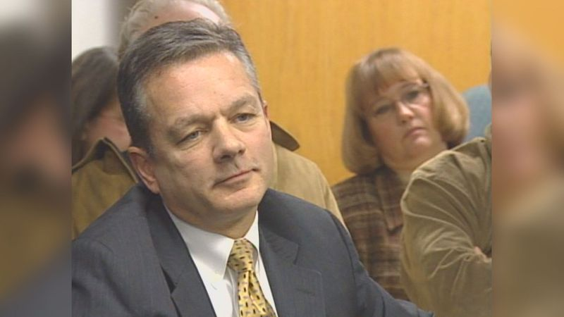 Ben Stevens at an APOC hearing, Jan. 2007 (KTUU)