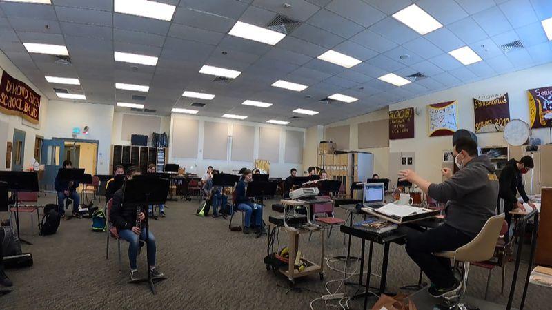 The Dimond High School symphonic band class.