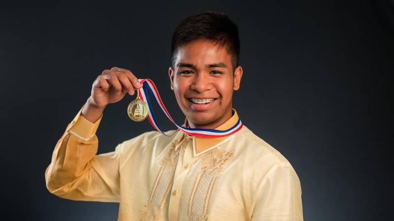 Kodiak teen earns top congressional award