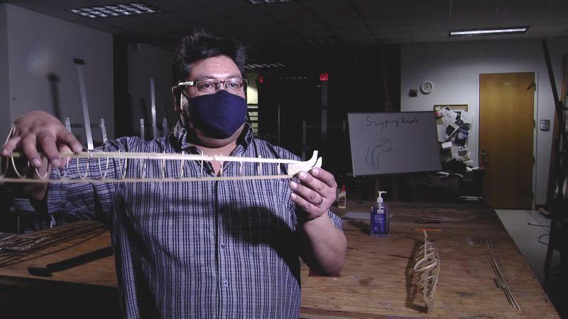 Building a traditional kayak through a virtual class