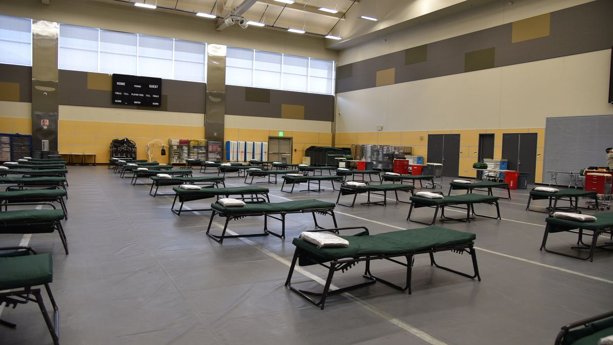 DHSS vaccination sites at the Alaska Airlines Center.
