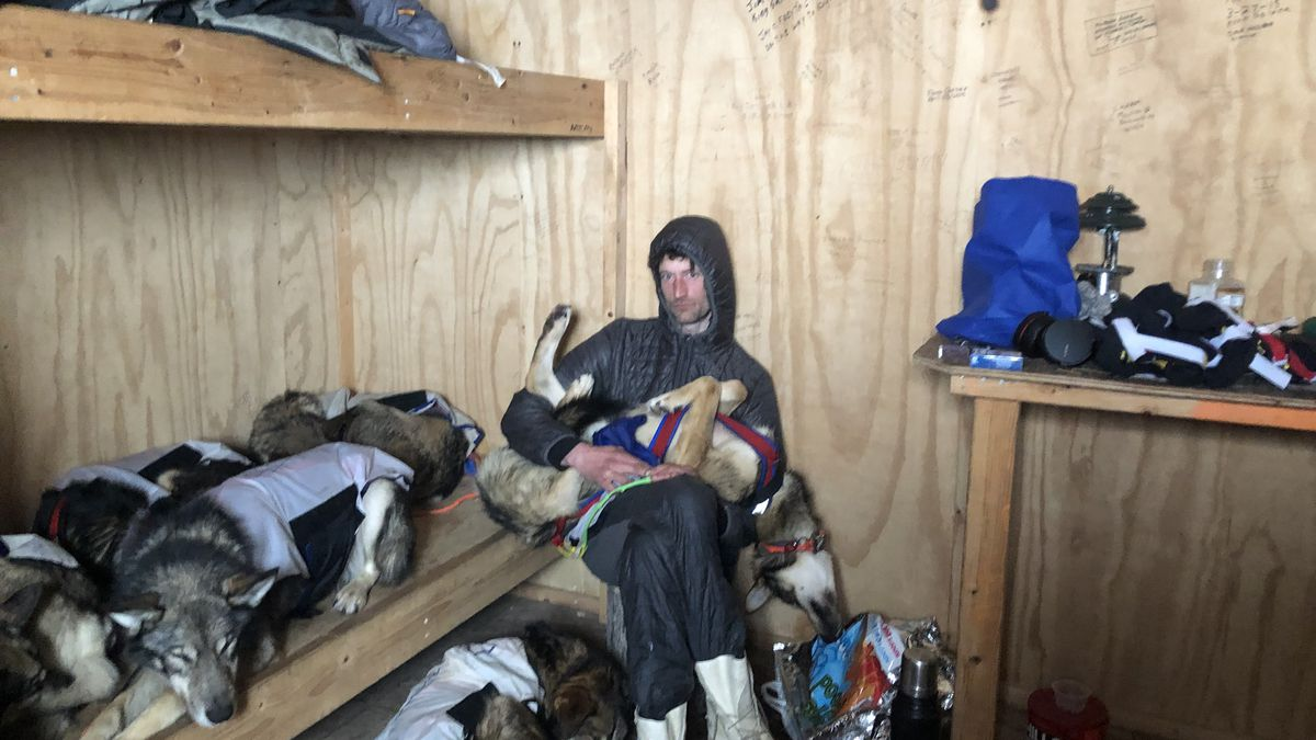 Nic Petit takes shelter at a cabin outside of Shaktoolik before making the decision to scratch. (KTUU)