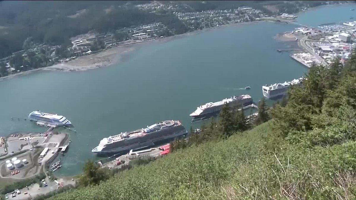 Cruise ships in Juneau
