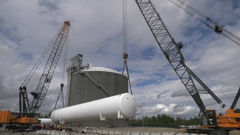 A natural gas tank is moved from a facility in Fairbanks to North Pole. (John Dougherty/KTVF)