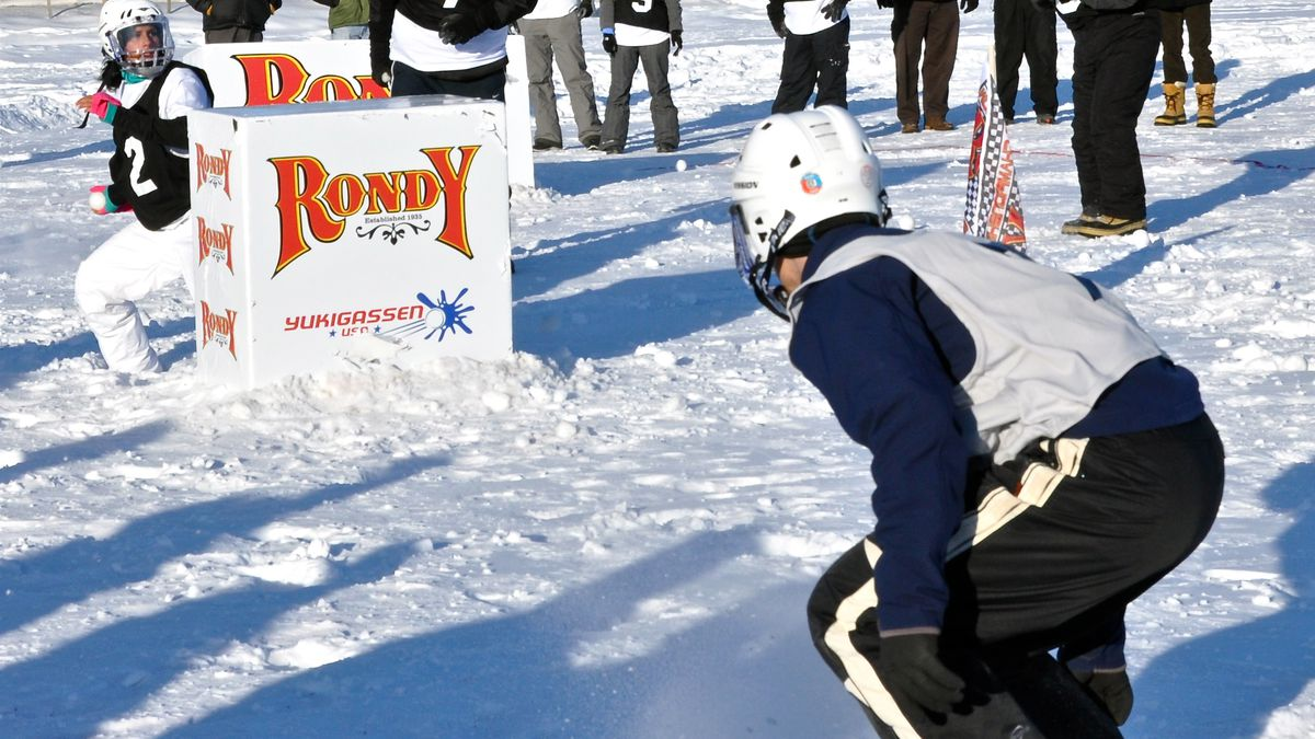 Yukigassen being played in Anchorage's 2011 Fur Rondy festival (Credit: Visit Anchorage/Roy...