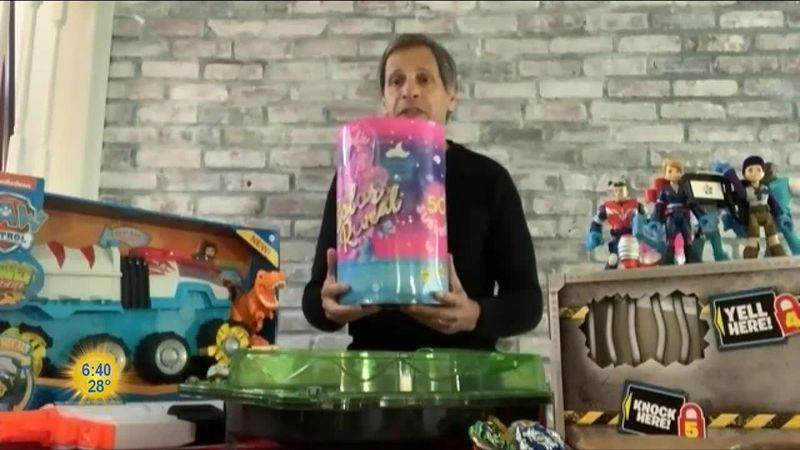 Hottest toys review with Jim Silver.