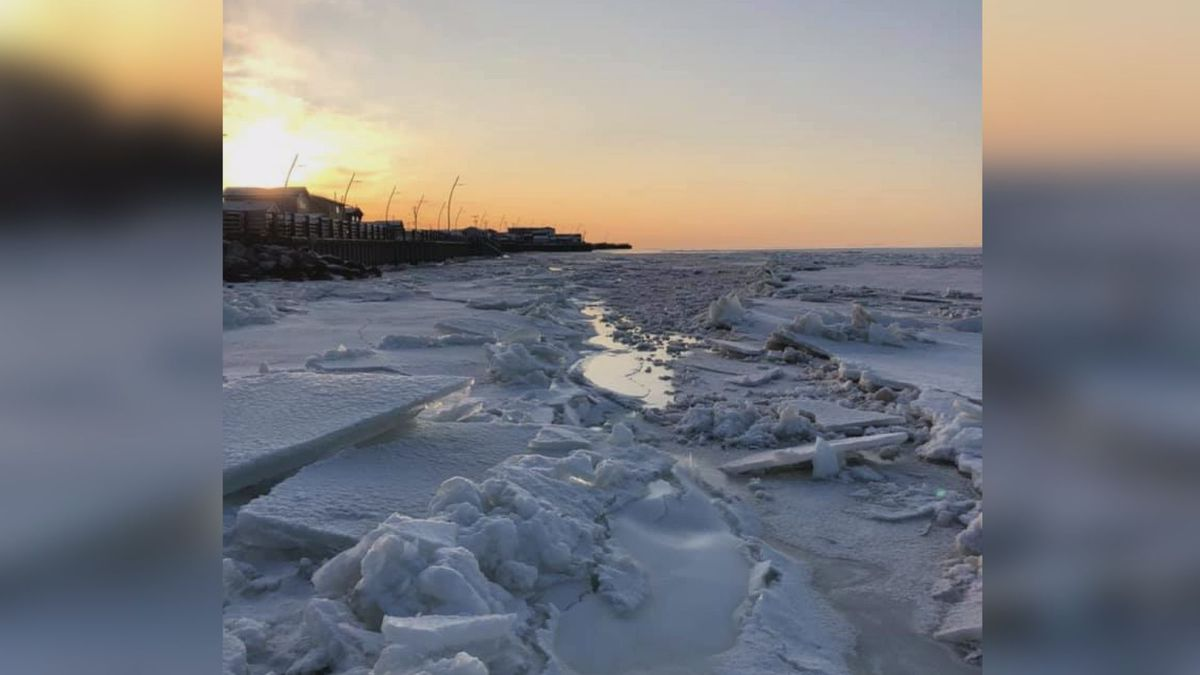 Ice accumulating along the northern edge of Kotzebue sound on Nov. 8. (AAKOH)