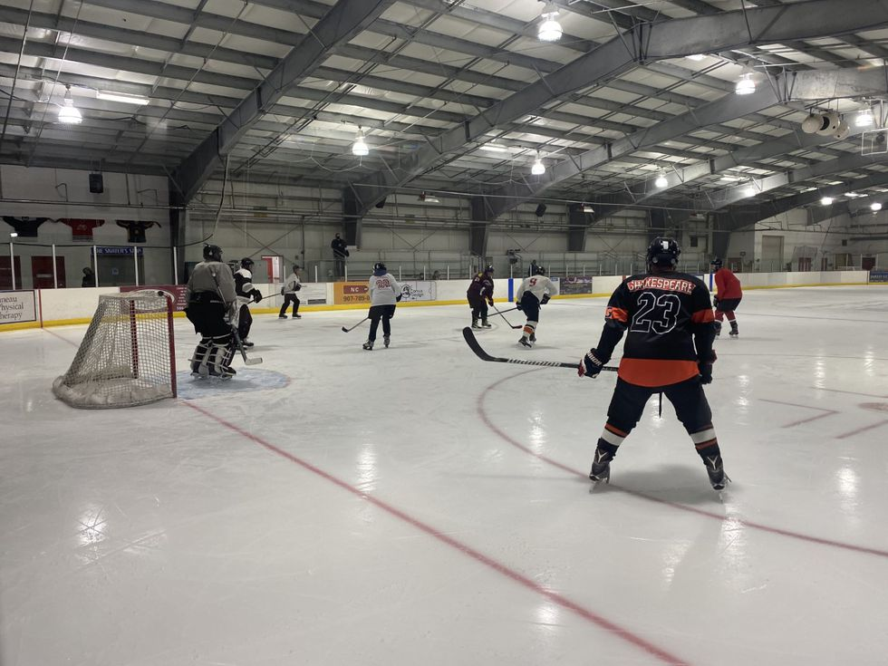 Jorgensen in shirt no. 20 playing in a pickup hockey game in Juneau. (09/08/2020)