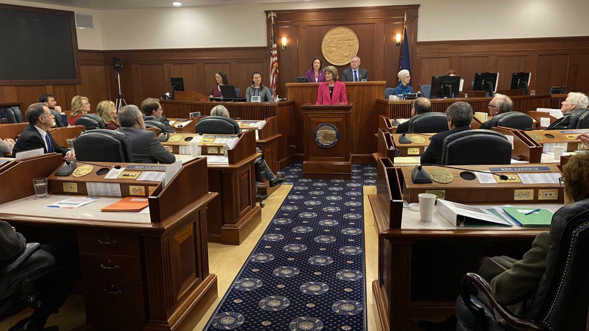 Sen. Lisa Murkowski gives her annual address to a joint-sitting of the Alaska Legislature....